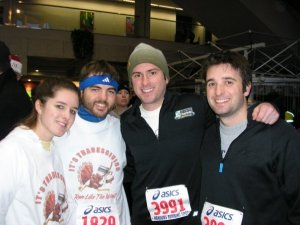 "Detroit Turkey Trot 2007. Shirt reads ""It's Thanksgiving. Run Like The Wind!"""